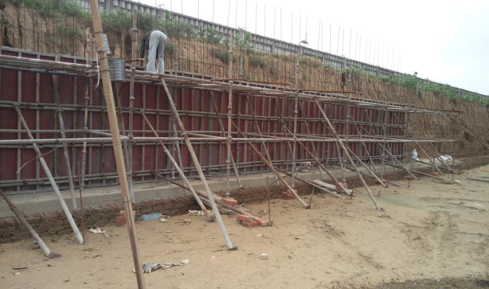 Retaining Wall Rcc : Krishna bhumi enchanted living apartments villas in