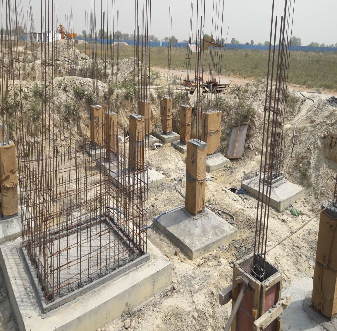 Rcc Lift In Wall : Krishna bhumi enchanted living apartments villas in